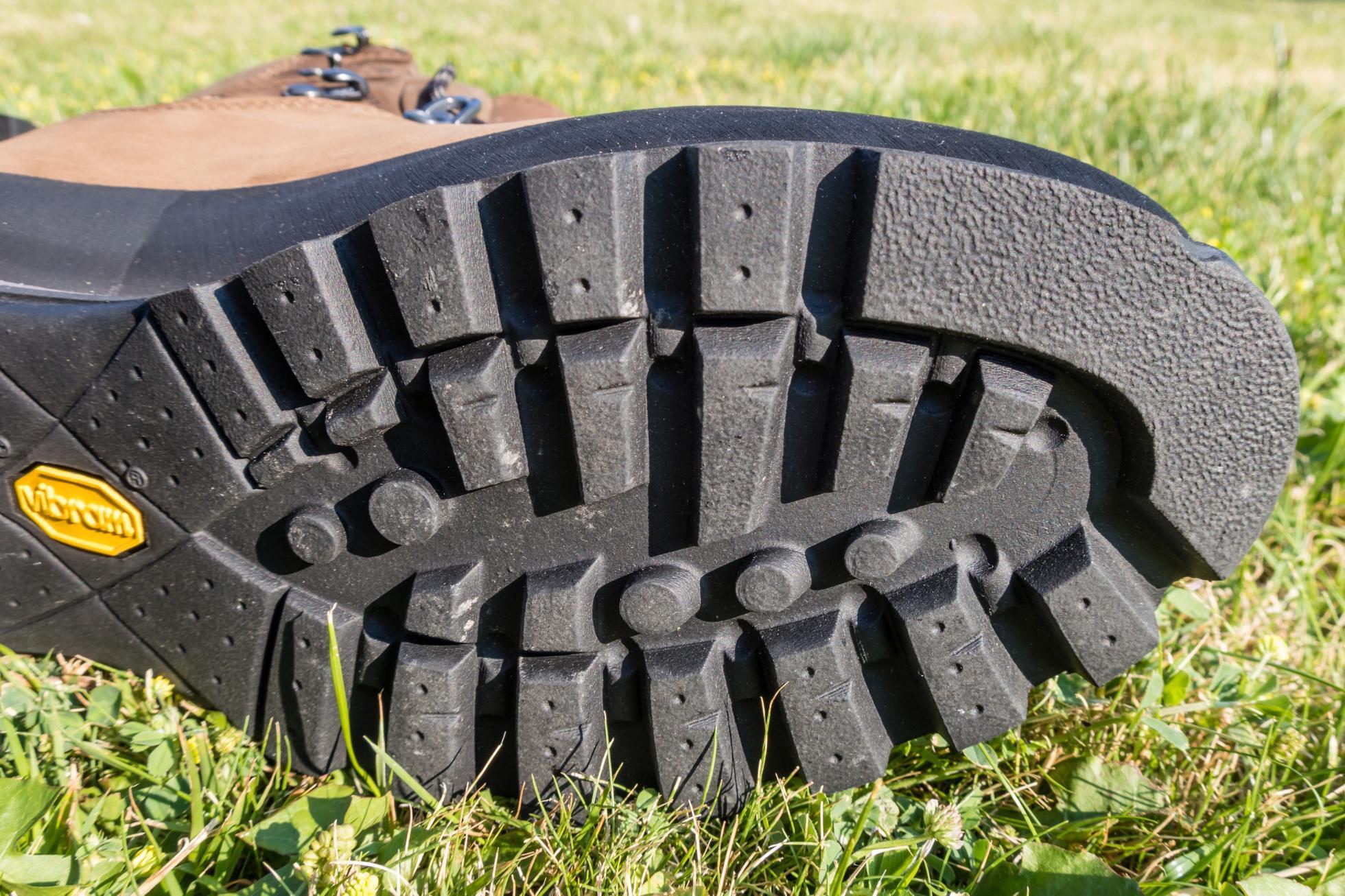 b5cbf485e333 Test  Asolo Kongur GV – celokožené turistické topánky