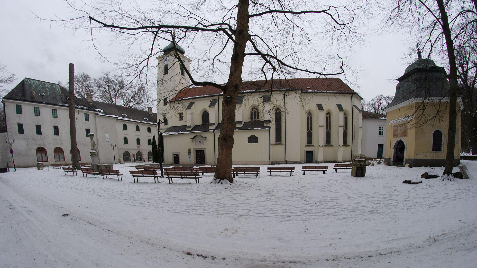 72c425f97 Túra: Rača – Malý Slavín – Marianka v zime | HIKING.SK