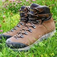 b3d35fcfce5d Recenzia Turistické topánky Asolo Fandango DUO GV Celokožené nepremokavé  turistické topánky sú svätým grálom tradičnej turistiky.