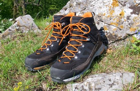 411ab058c8 Predstavenie Turistické topánky AKU Trekker Pro GTX Talianska značka AKU je  u nás menej rozšírená