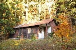 Búda Bývalá chata Vločka na Vrchrieke Pri plánovaní októbrového prechodu  Javorníkov som rozmýšľal a8e3e498395